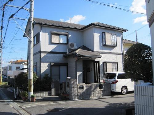 大阪狭山市の外壁塗装の工事前(正面)