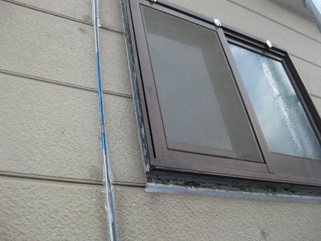 窓まわりシーリング撤去前