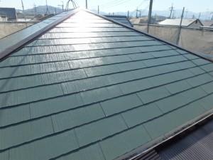 屋根塗装後(タスペーサー設置)