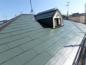 屋根塗装完了(タスペーサー設置)