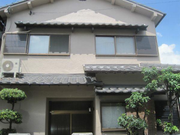 塗装工事の終わった家