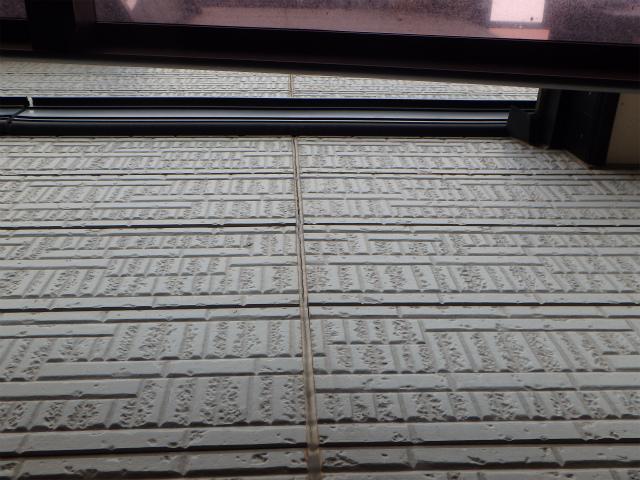 窯業系サイディングのシーリング劣化(外壁塗装前)