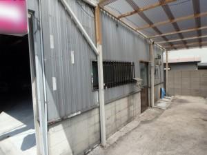 倉庫の外壁塗装(塗装前)