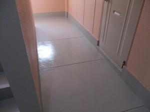 廊下塗装後