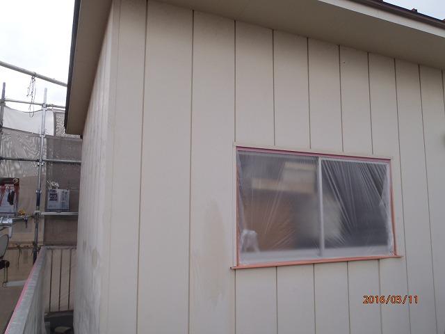物置の金属サイディングを塗装する前