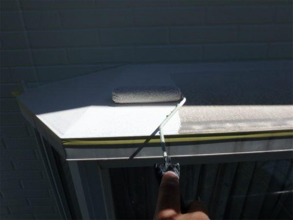 出窓塗装の下塗り