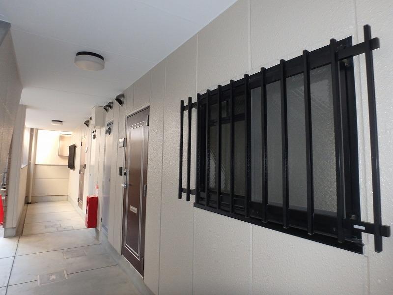 塗装後のマンション廊下