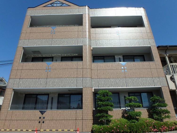 塗装後のマンションベランダ側の外観