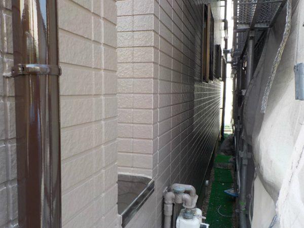 外壁の上塗り完成