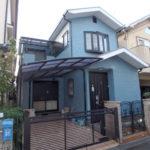 青い色の戸建住宅塗装