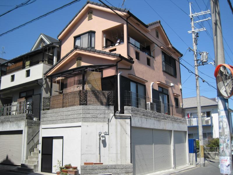 藤井寺市のアステックペイントの家