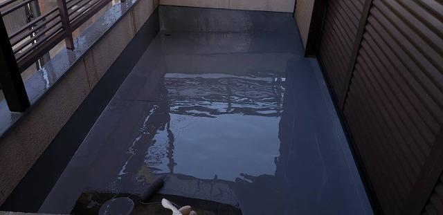 ウレタン防水の仕上げ塗りが完成