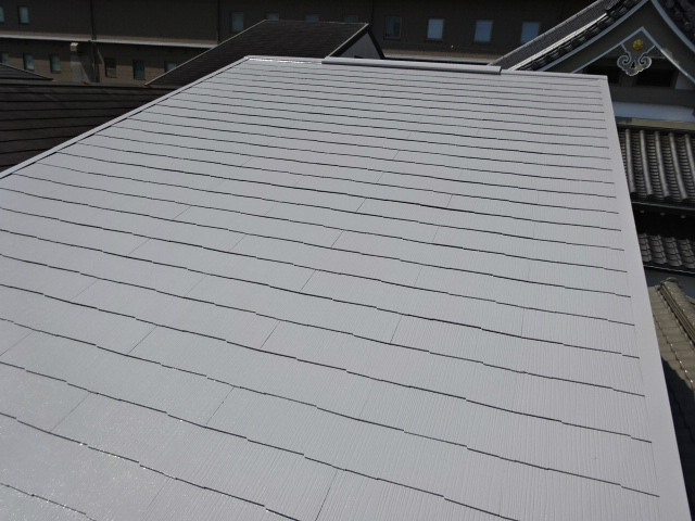 白色の遮熱塗装