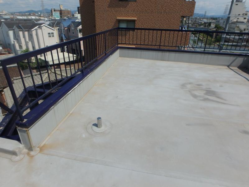 10年前に施工した屋上防水の様子