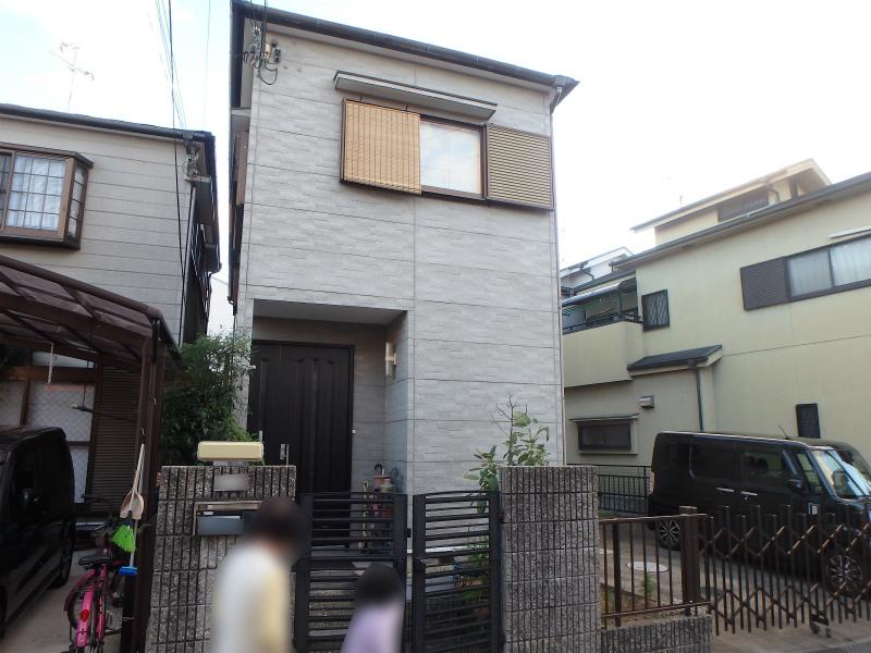 松原市の塗装前の住宅