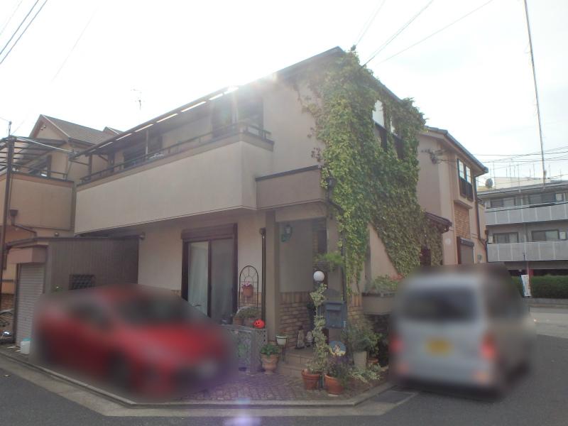 八尾市のツタでお困りの住宅