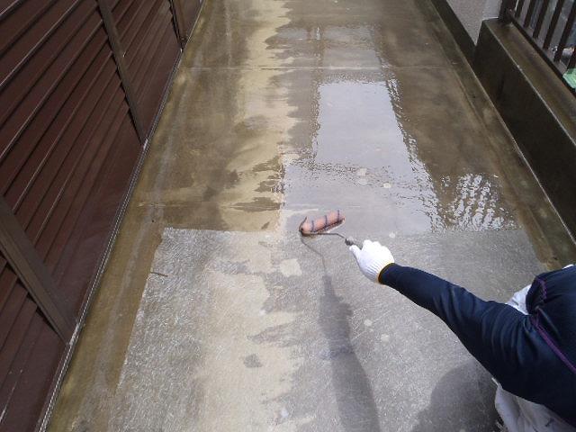 ポリエステル樹脂の防水層