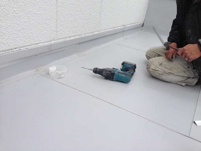 塩ビシート防水 機械固定