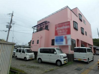 ピンクの外壁塗装