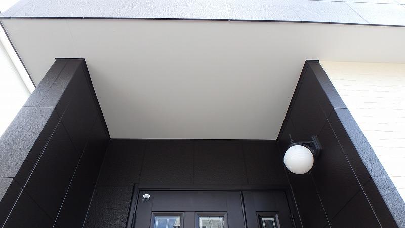 軒天カチオン系塗装完了