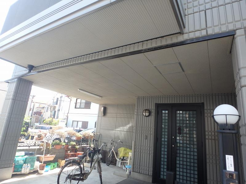 ガレージの天井の状態