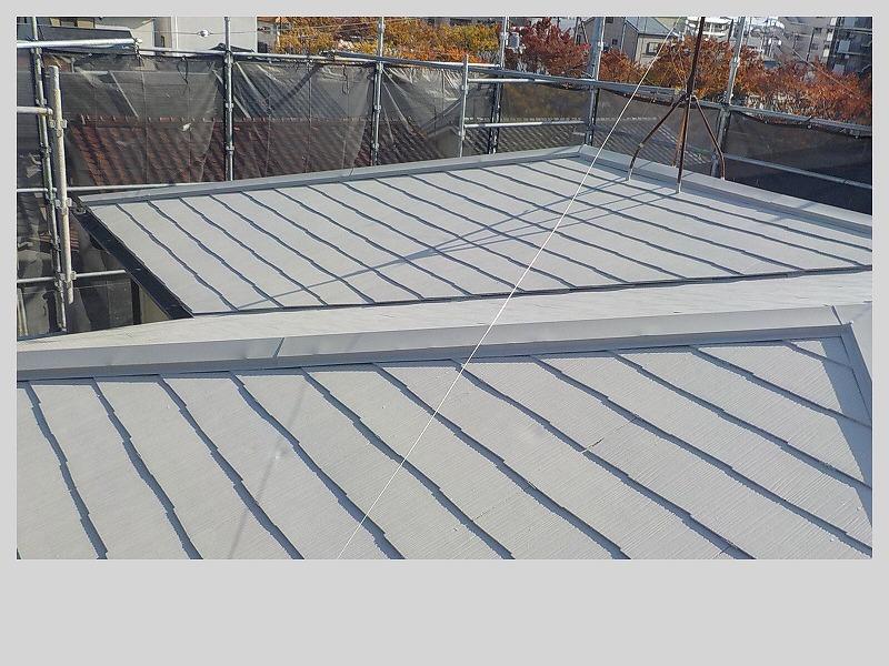 スレート屋根遮熱フッソ塗装完了