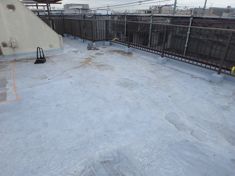 屋上防水を施工前の屋上