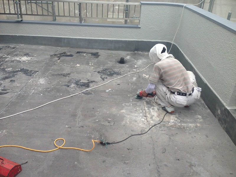 屋上防水の下地準備
