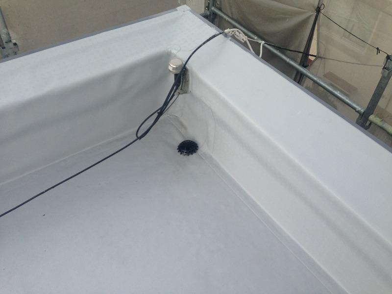塩ビシート防水施工後のドレン部分