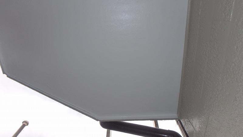 ベランダ防水後の天井塗装