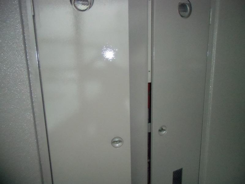 PS扉のシリコン塗装完了