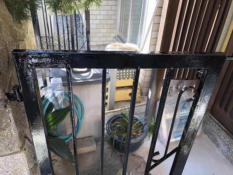 門扉の塗装完成