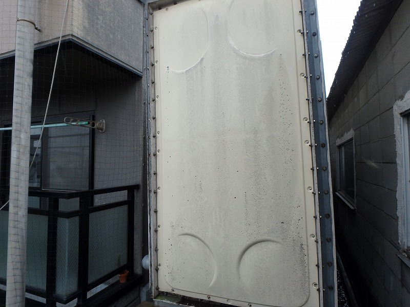 受水槽塗装前
