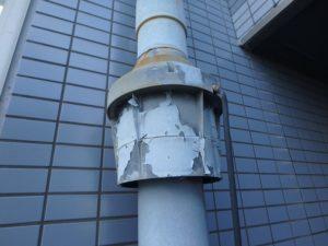 塗膜の劣化した配管