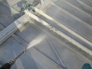 瓦棒屋根 高圧洗浄
