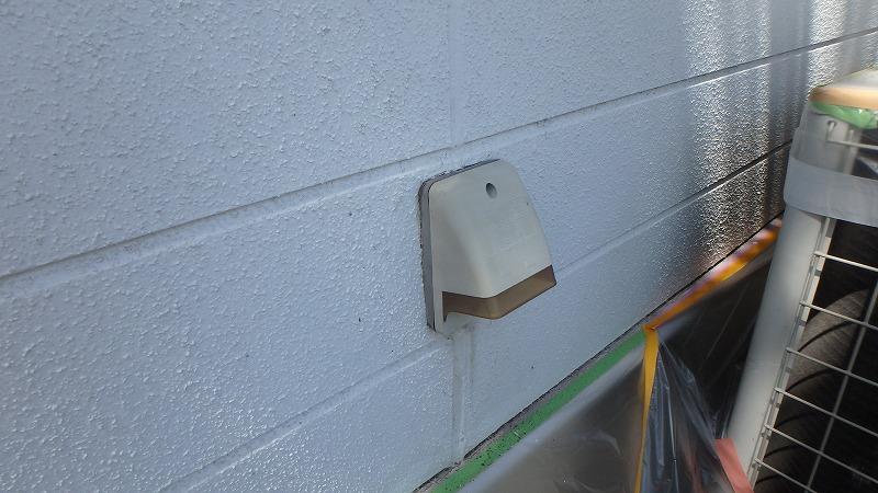 塗装後の屋外用コンセント