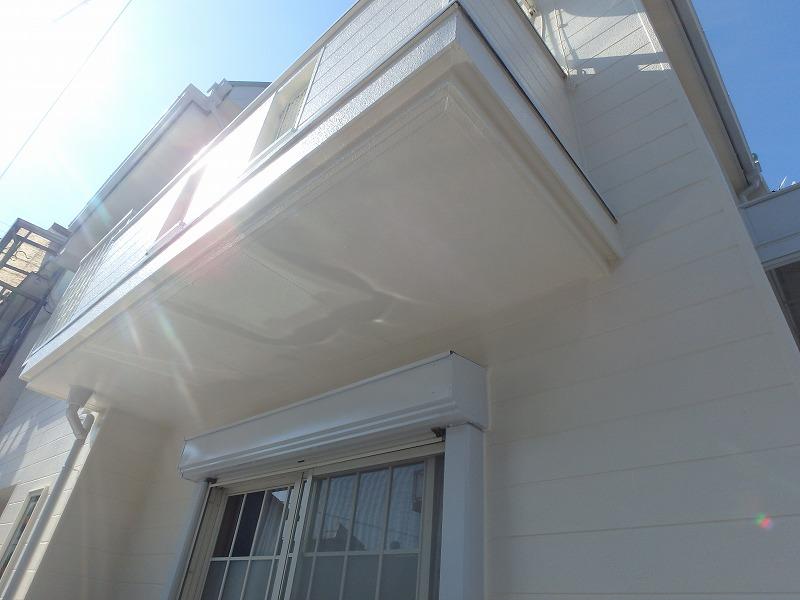 外壁塗装後のベランダ