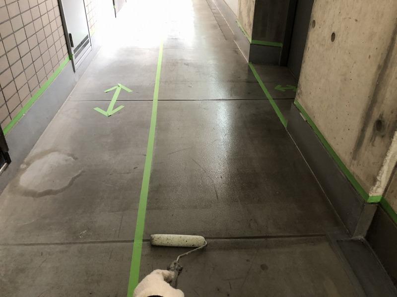 廊下床ボウジン下塗り