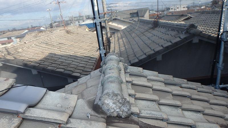 崩れ落ちた棟