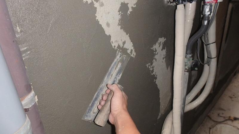 外壁左官補修のモルタル塗り