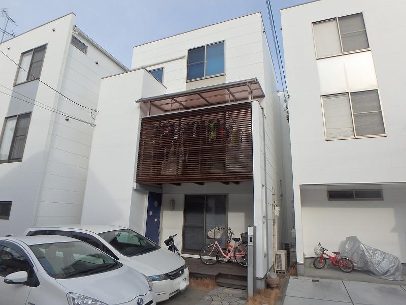 外壁塗り替え工事前のお住まい全体