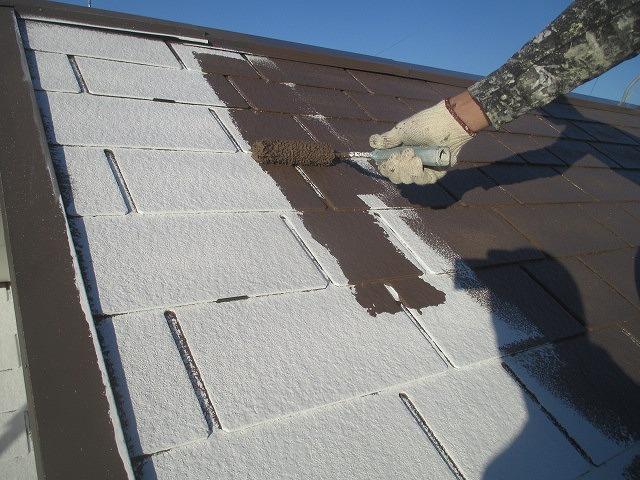 屋根の中・上塗り