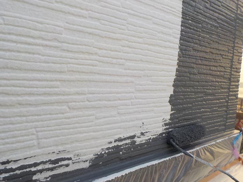 外壁(平パネル)の中塗り