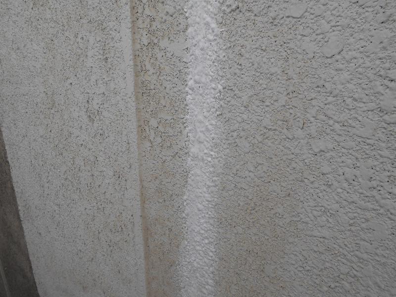 外壁のひび割れ補修完了