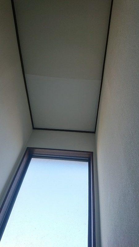 クロス張替え後の天井