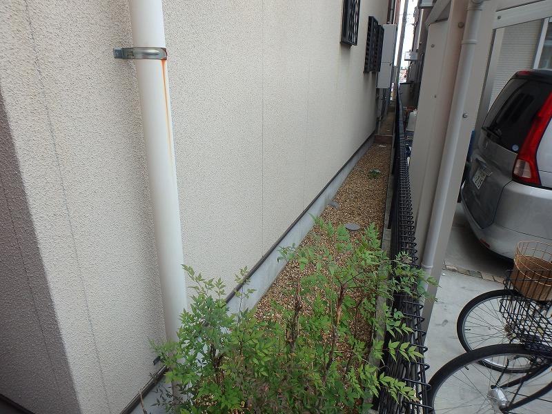 外壁リフォーム前の雨樋