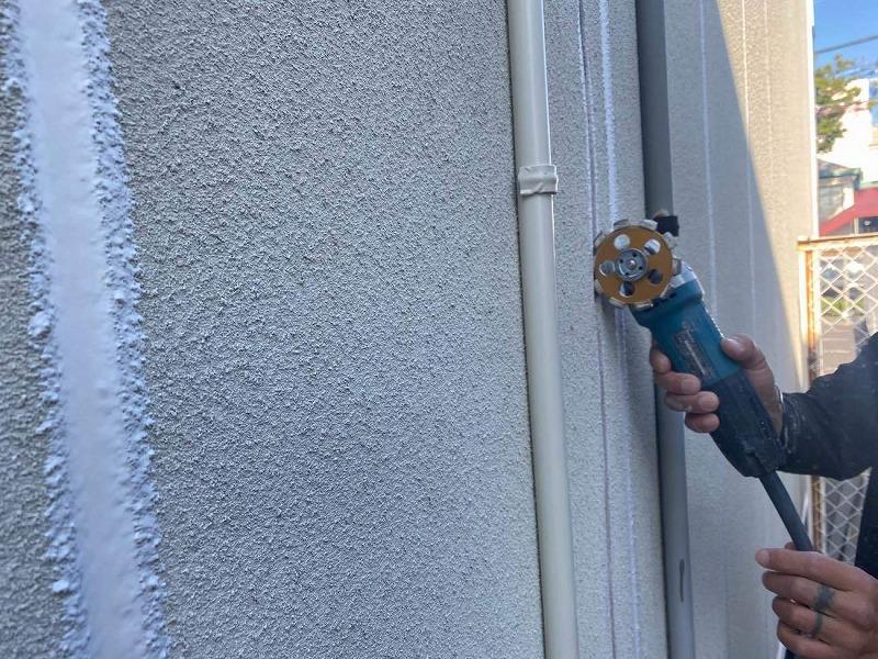 外壁修理Vカット補修