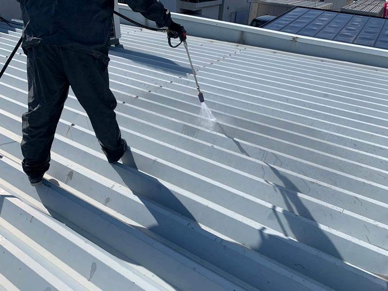 折板屋根高圧洗浄