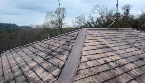 カビや錆が生えたスレート屋根