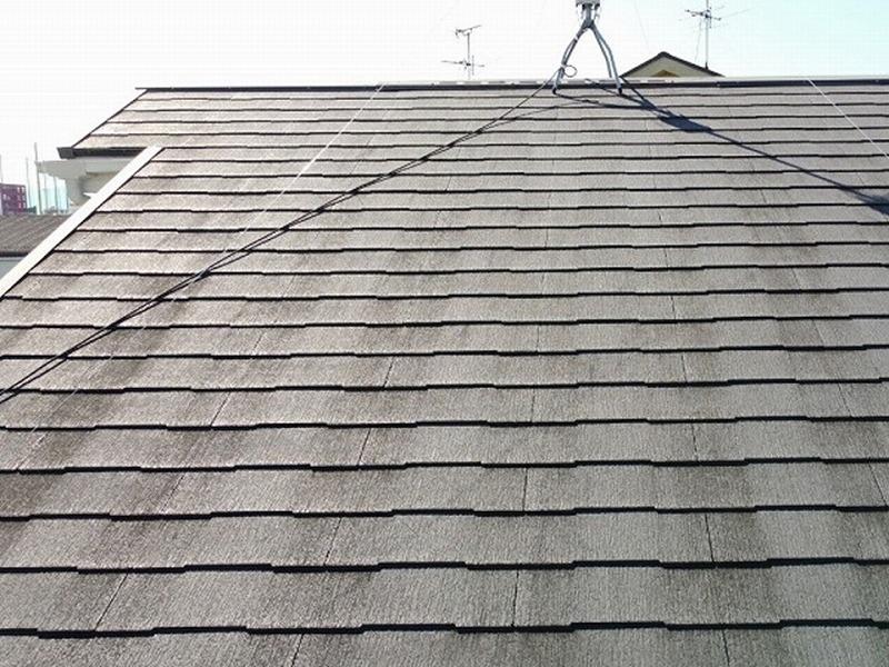 屋根塗装工事前の屋根全体
